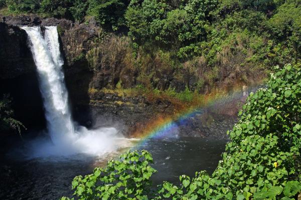 Rainbow Falls HI